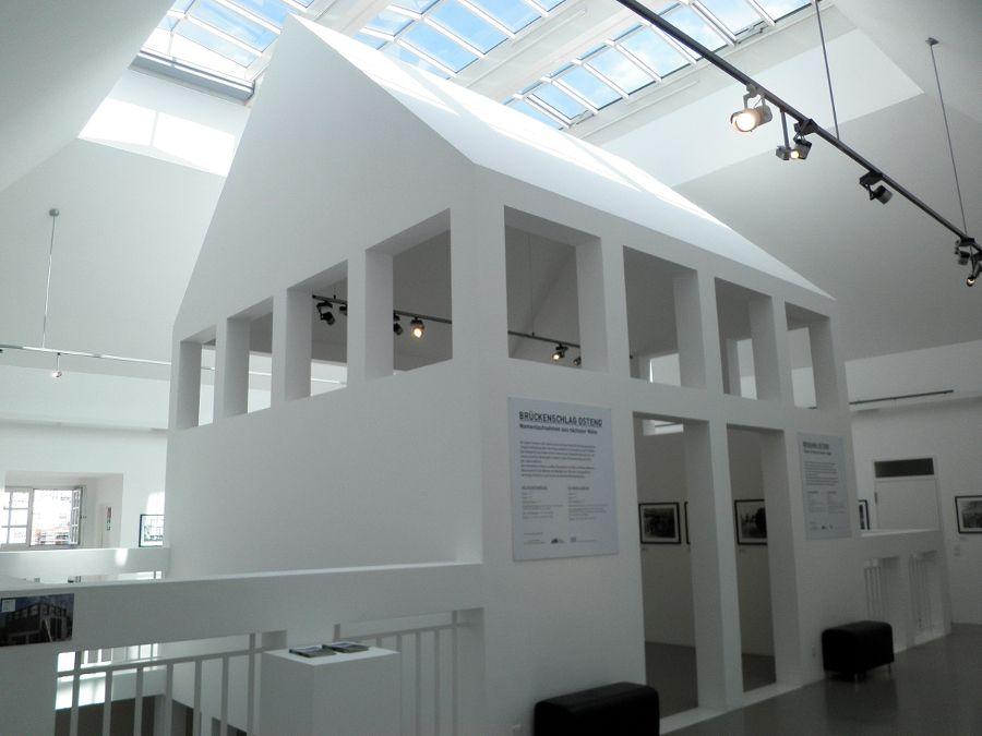 Oswald mathias ungers 1926 2007 architecture museum for Frankfurt architekturmuseum