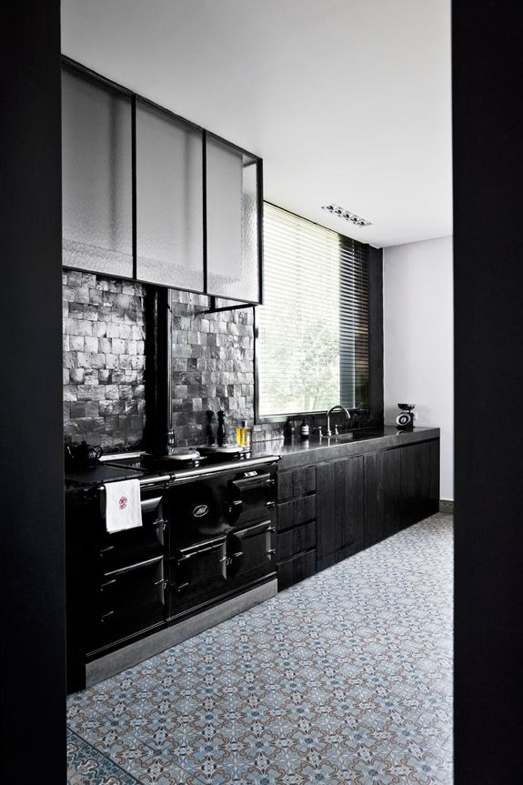 Patterned tiles on kitchen floors - desire to inspire ...