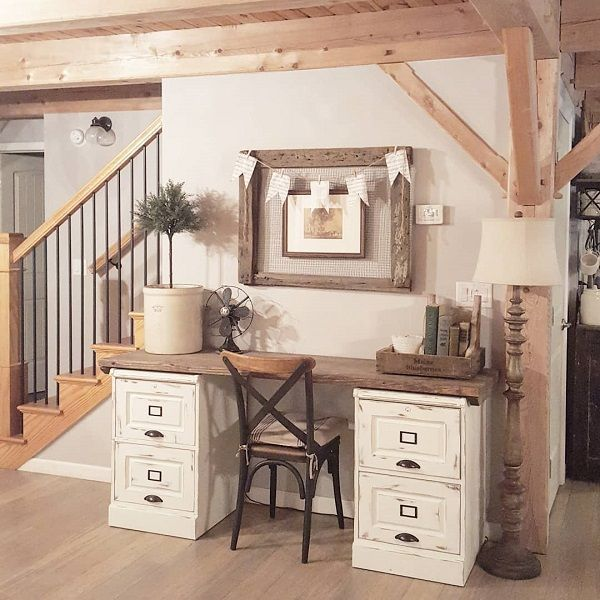 Cool Farmhouse Decorating Ideas For Your Home Office 06 in