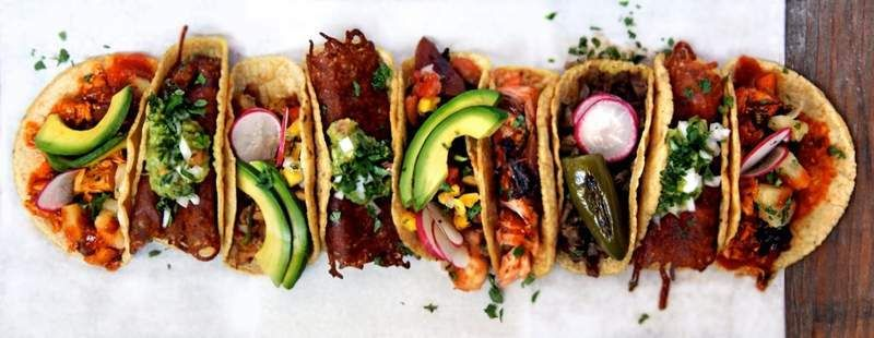 Dinner Party Hack: The Taco Bar Your Friends Will Talk ...