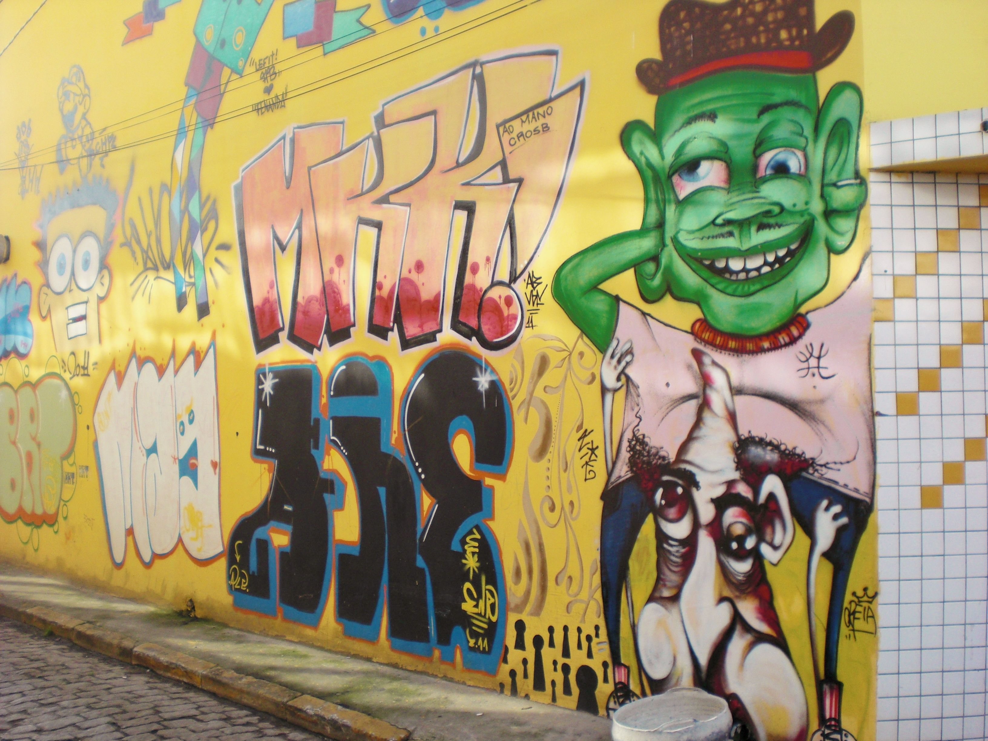Wall Street Art Graffiti! | Graffiti in Brazil | Pinterest ...