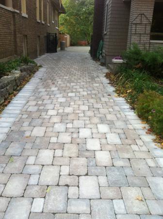Unilock Brussel Block Sierra And Limestone Driveway Brick Porch