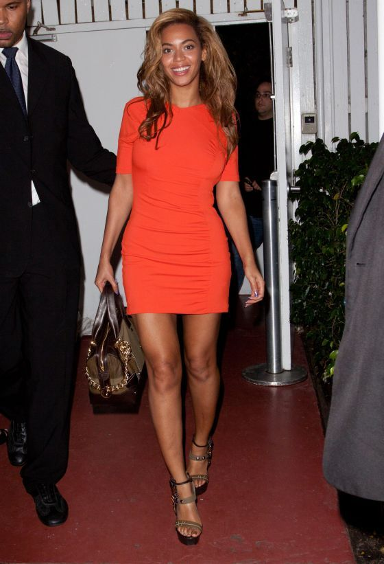 Beyonce in Simple But Hot Mini Dress · Fashionable ...