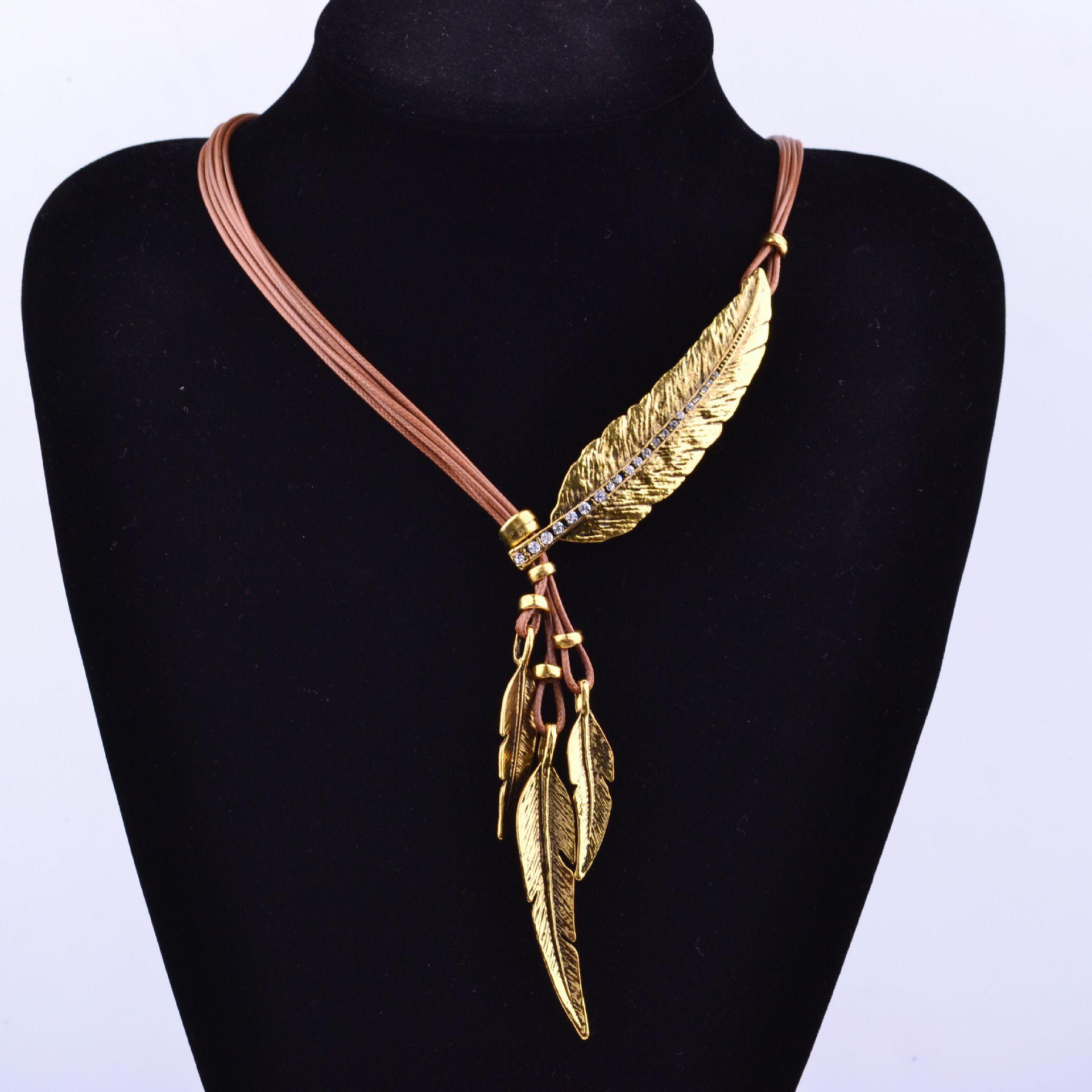 2016 mode Böhmischen Stil Feder Muster Schwarz Seil Kette Anhänger Halskette Frau Halskette Fine Jewelry Hals Aussage