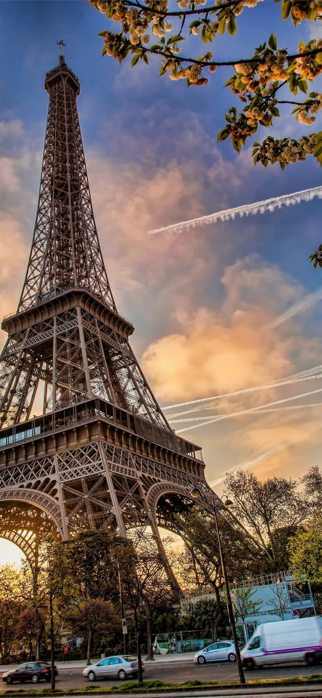 Free download the Paris wallpaper ,beaty your iphone .