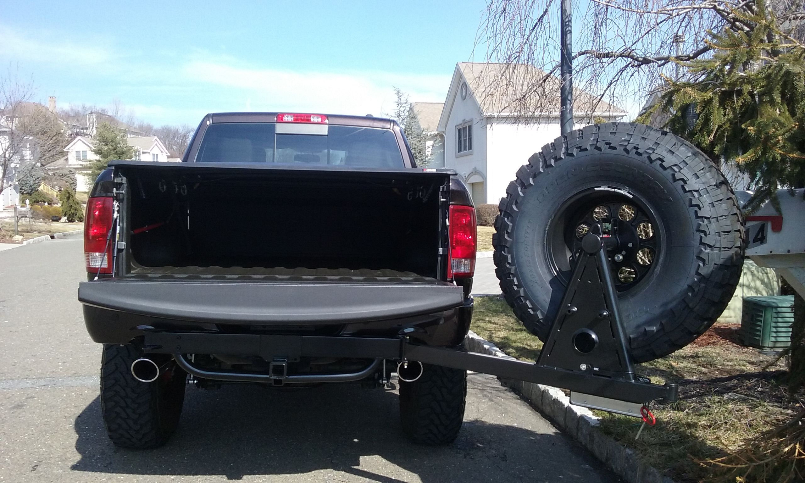 Hitchgate Tire Carrier Ram Rock Crawlers Diesels