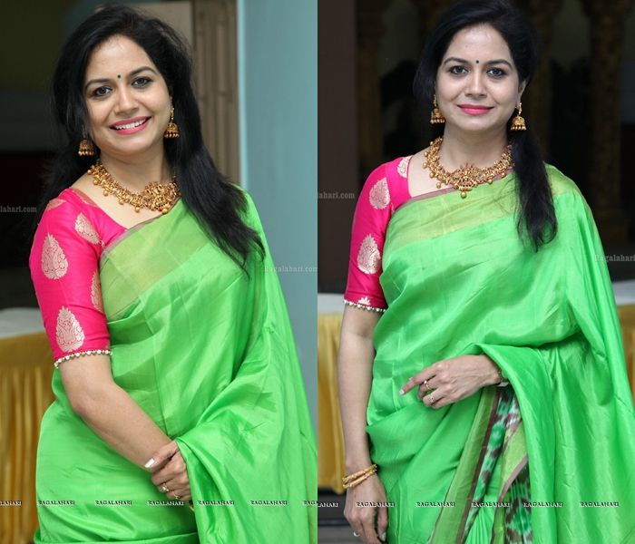 5637192cb23d3 The Epic Color Combination to Look Bright on Green Sarees