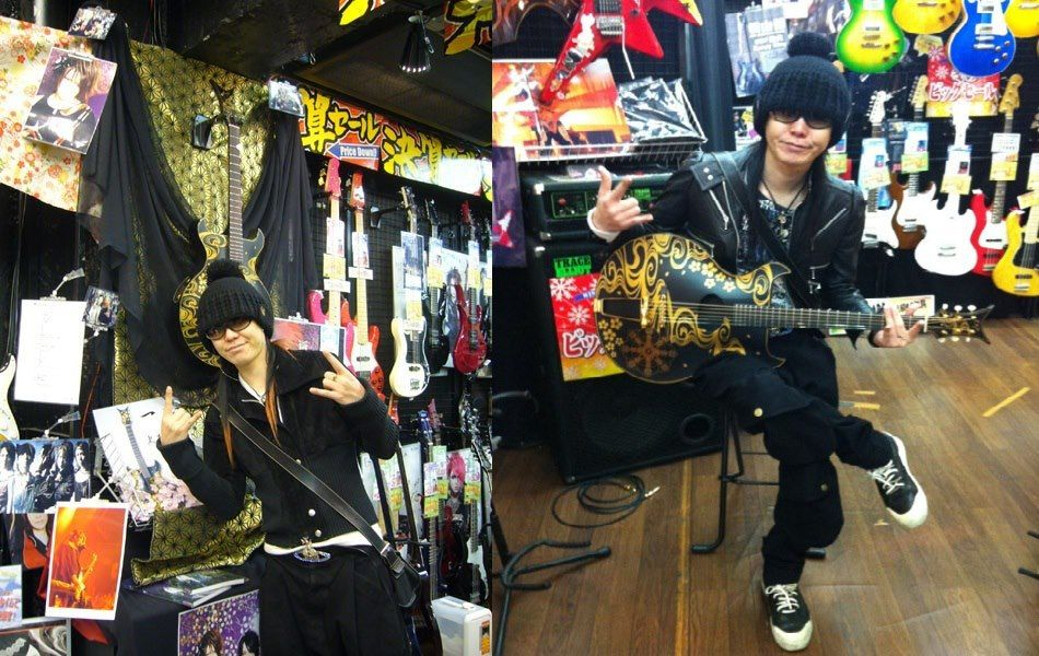 Isshi with his 'wailing ghost' guitar. I forget what  he had named it, but will post it once I find out again.