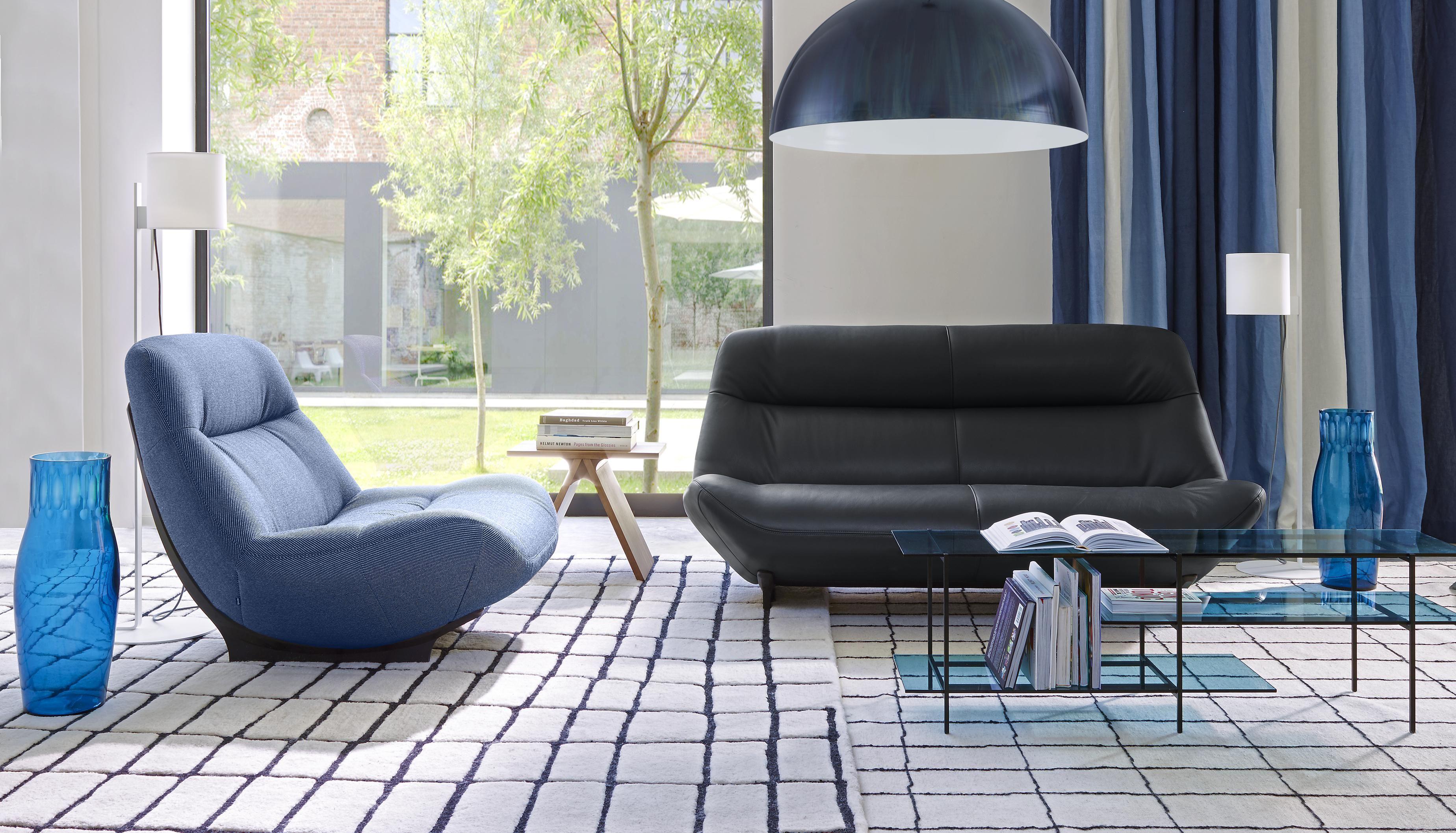 canape ligne roset solde interesting set de canaps togo en cuir noir par michel ducaroy pour. Black Bedroom Furniture Sets. Home Design Ideas