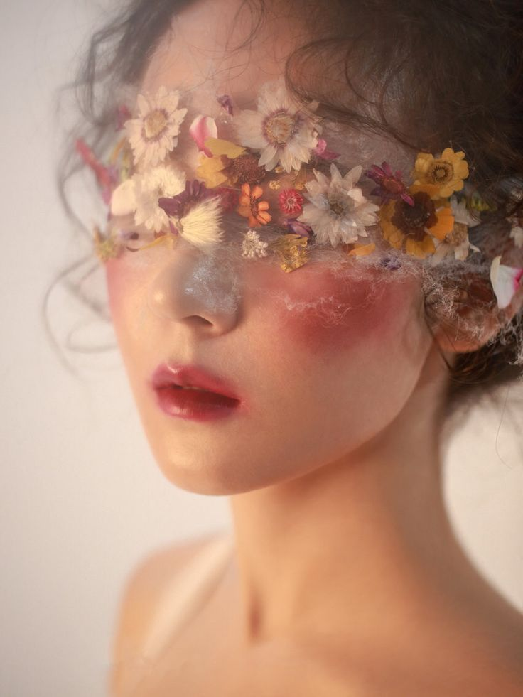 Flower Children Makeup Kit (New Styles In Stock) - Kamakula