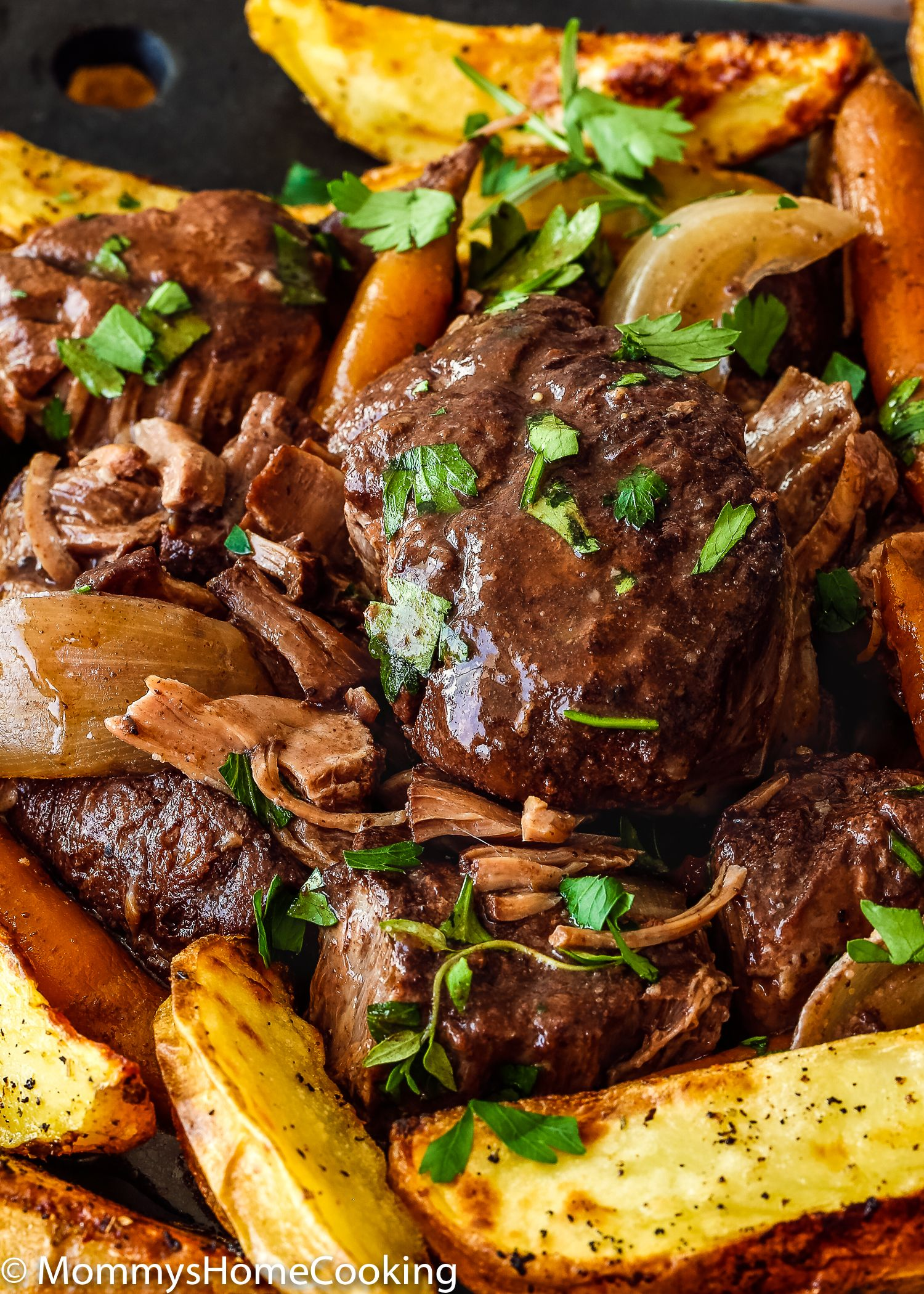 Slow Cooker Red Wine Hind Shank Recipe Slow Cooker Recipes Beef Recipes Meat Recipes