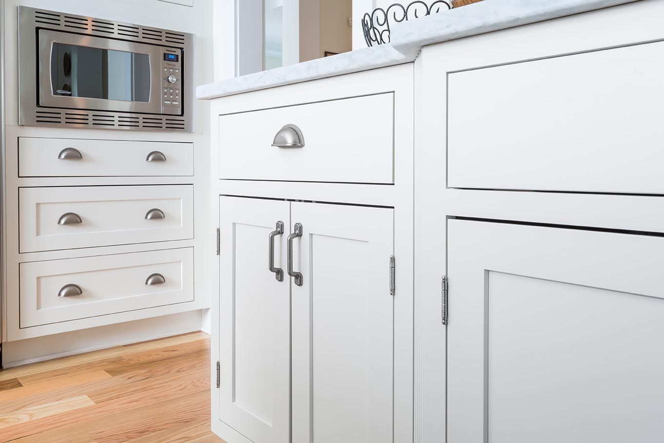 Close Up Picture Of Painted White Inset Cabinets In A Shaker Style Door With Revealed Inset Cabinets Kitchen Cabinet Doors Kitchen Cabinet Organization Layout