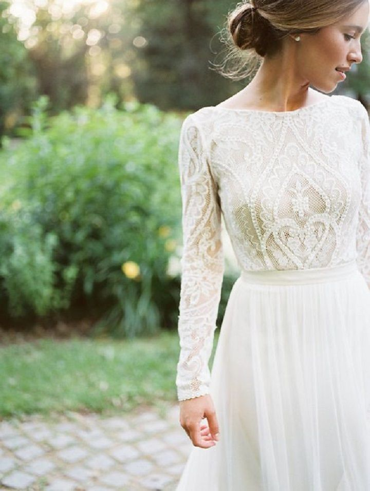 Beautiful Long Sleeve Vintage Lace Wedding Dress With Tulle Skirt