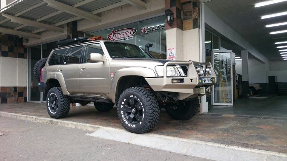 """Nissan Patrol 6 """" lift on 35 """"Maxxis by 4x4 Works Ermelo"""