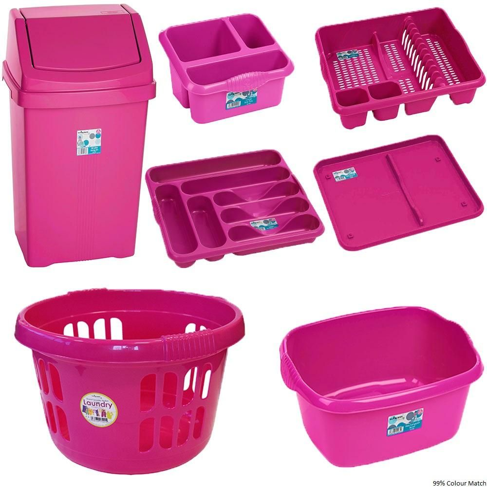 Fuchsia Kitchen Accessories - #EveryCrayonCounts #PenguinKids