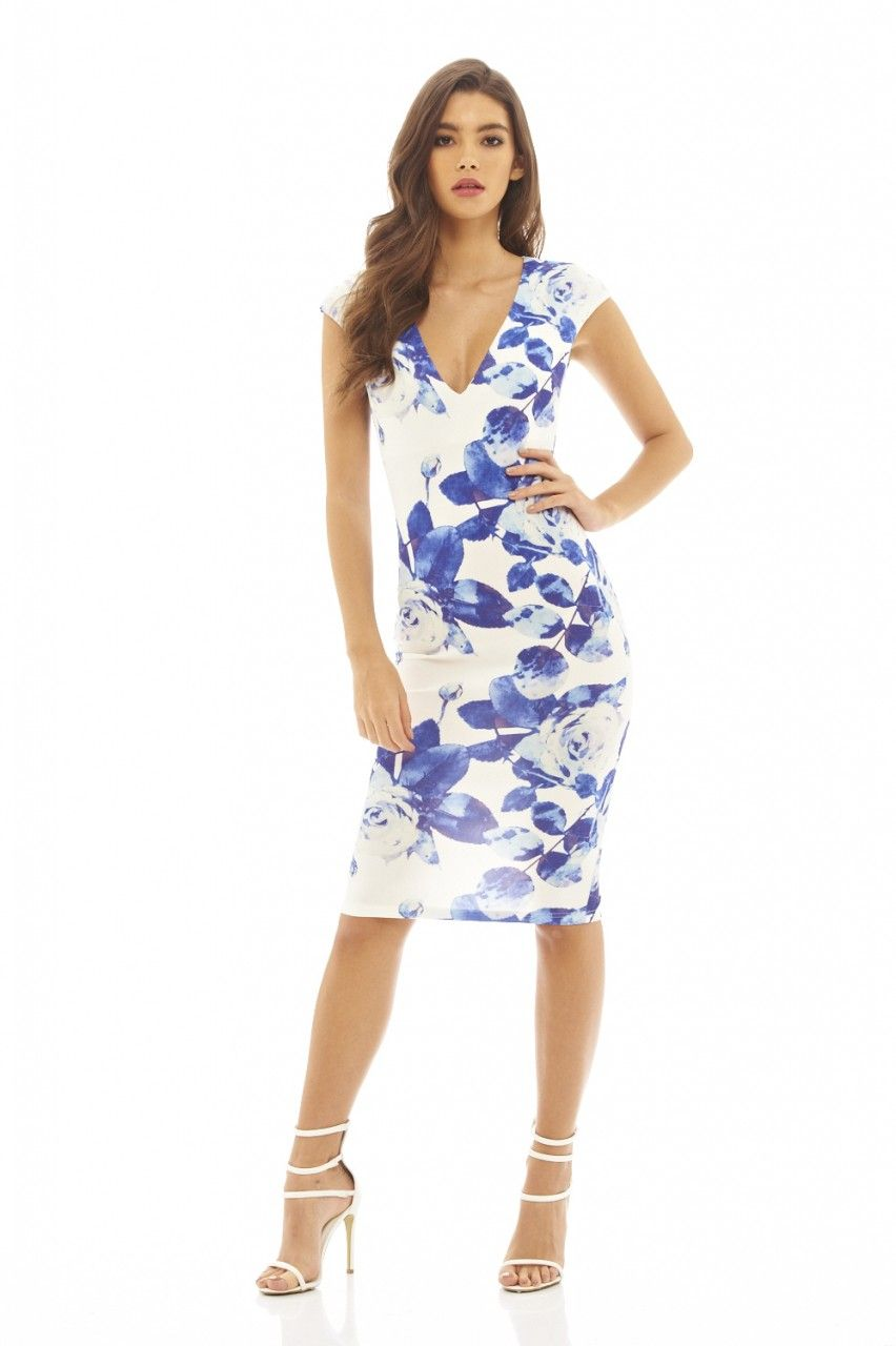 This cream and blue floral printed midi dress will ensure you stand ...