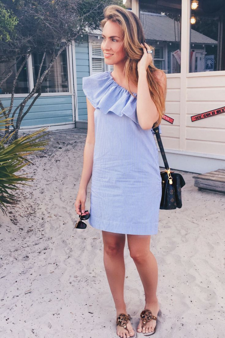 Short blue dress with one shoulder and ruffle fashionable dress for
