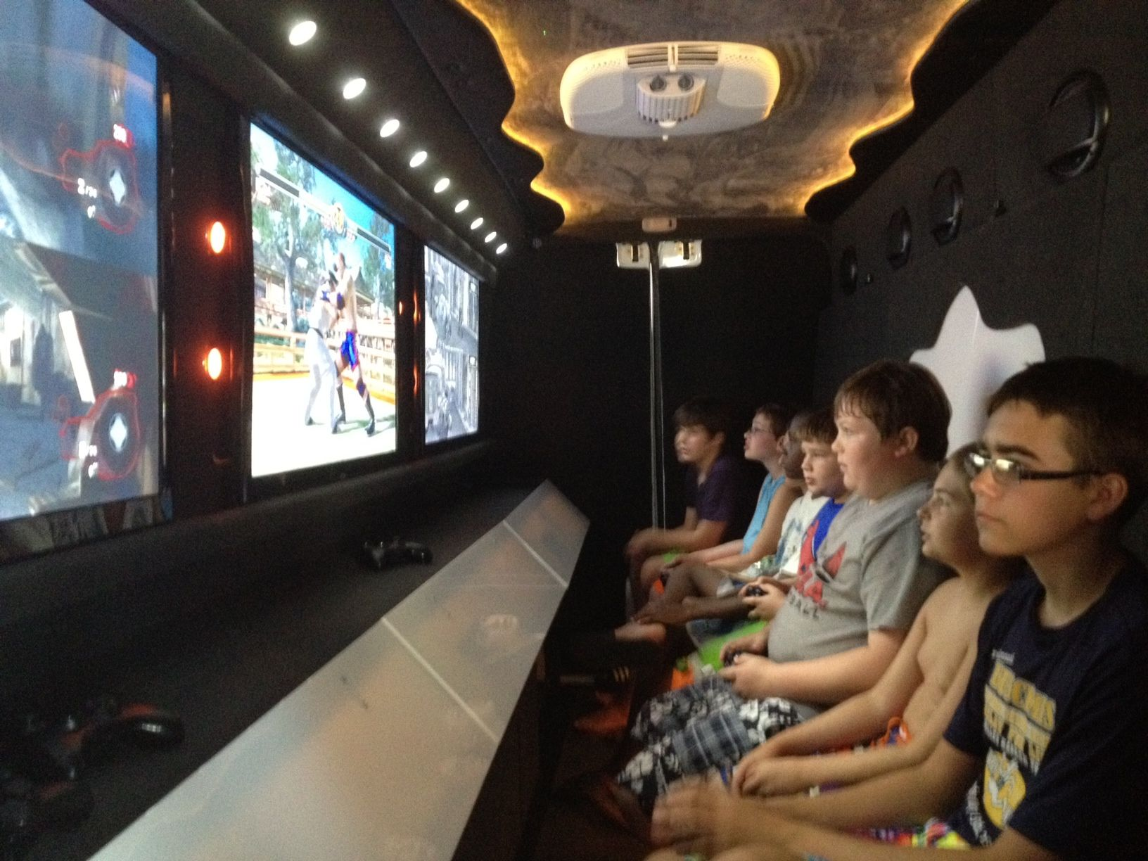 Check Out Http Thrillsonwheelsgametruck Com For Los Angeles Game Truck And Game Bus Kids Party Games Kids