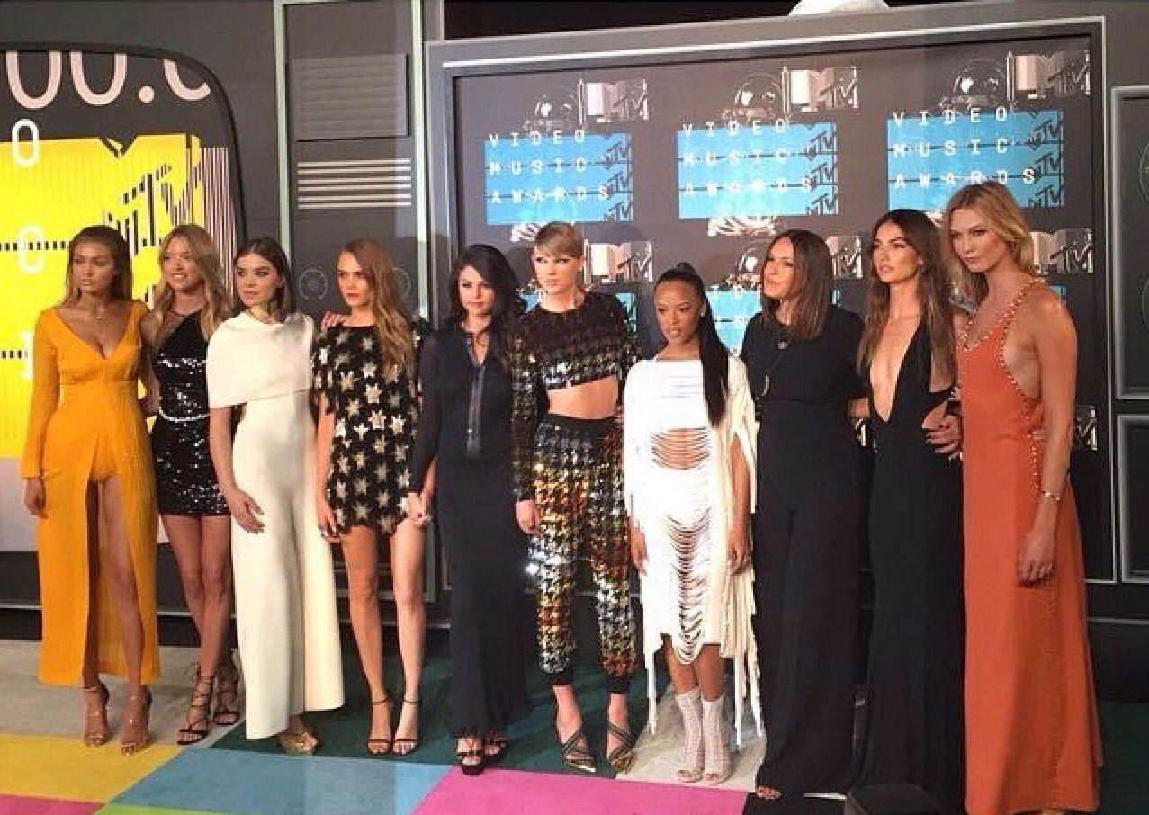 Serayah, Gigi Hadid, Martha Hunt, Lily Aldridge, Selena Gomez ...