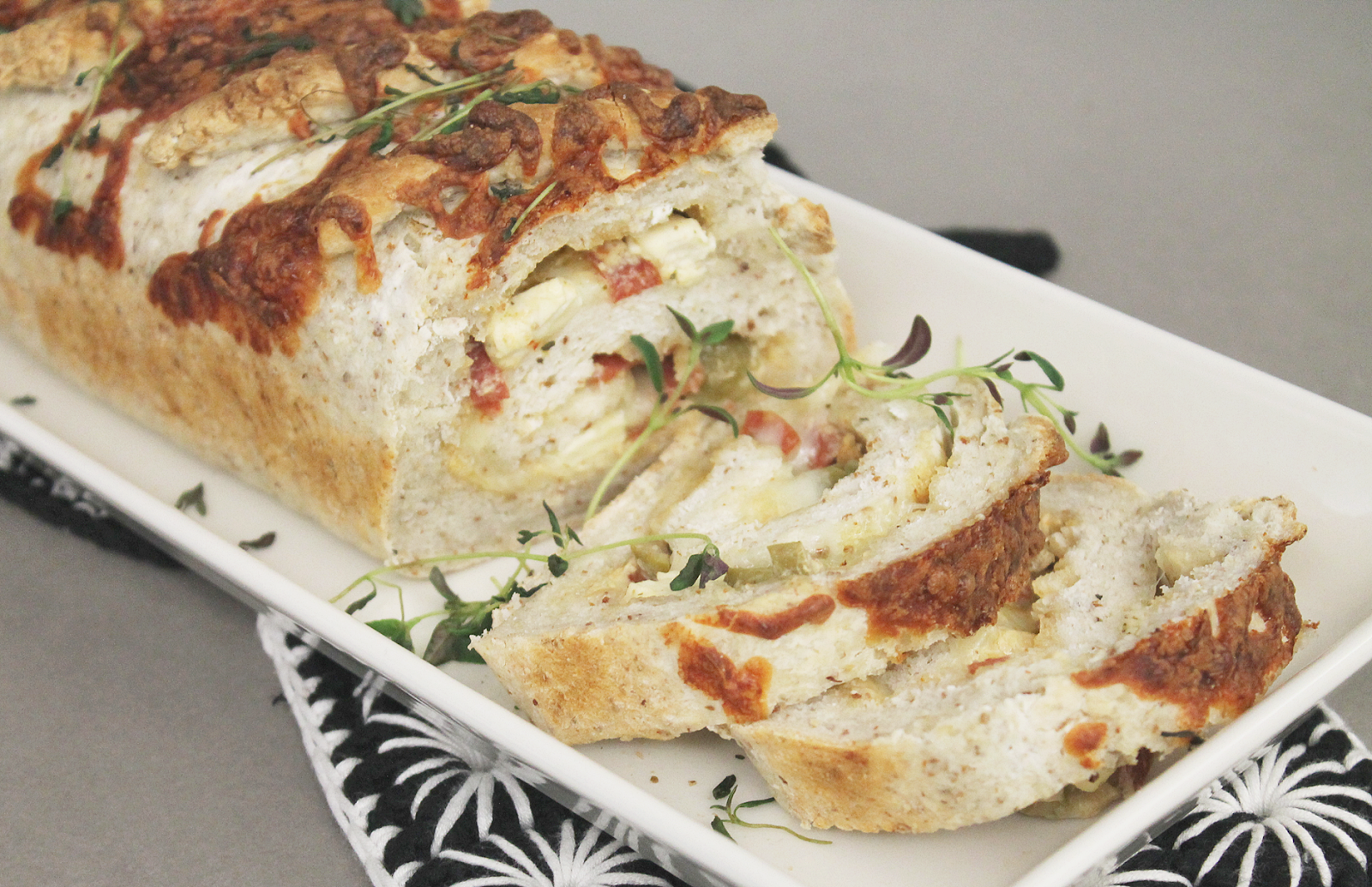 p i i p a d o o: tortano - herkullista täytettyä leipää (gluteeniton)