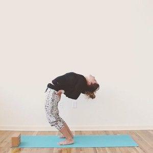 how to do bridge pose  yoga videos hip opening yoga