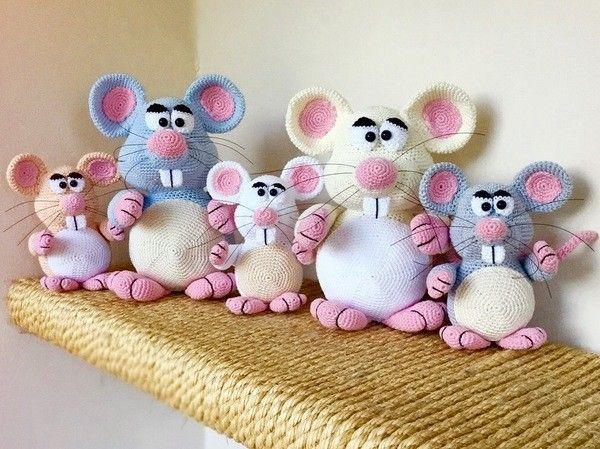 Jetzt nicht nur eine Maus, sondern gleich ganz viele Mäuse häkeln ...