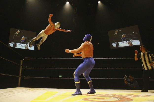 Mexican wrestlers sew Lucha Libre face masks in 2020