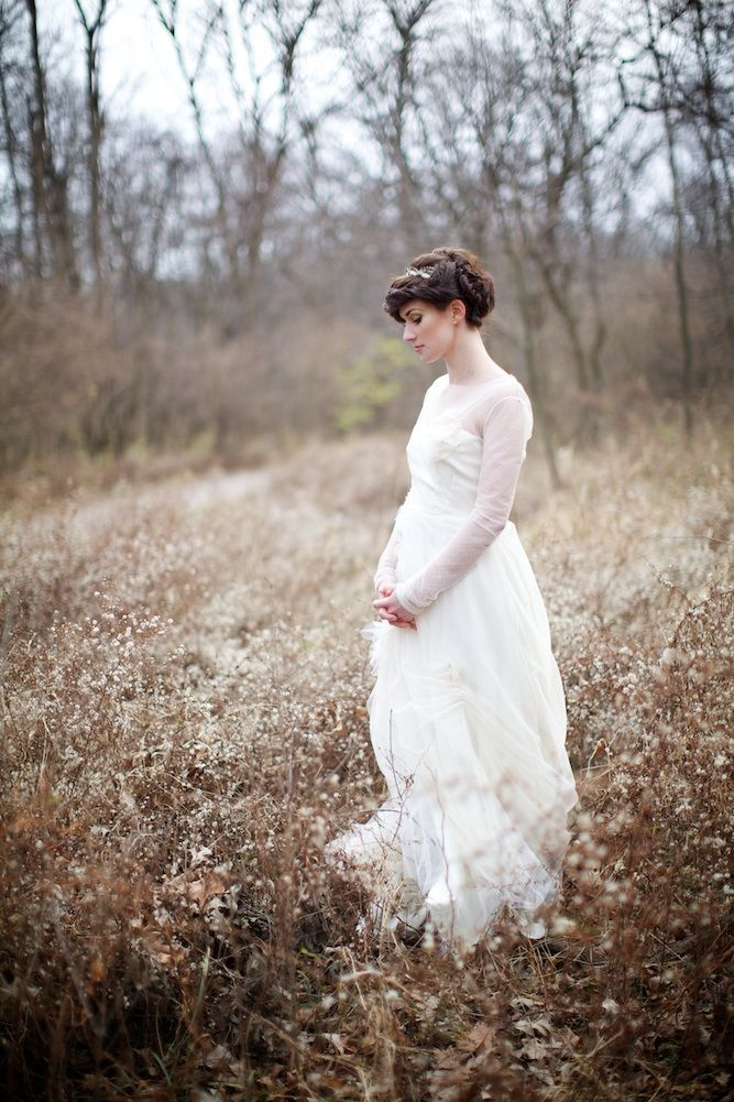 the bride waits in the woods for her groom...such a beautiful shoot http://su.pr/8Gjfvz by Simple Jessie Photography