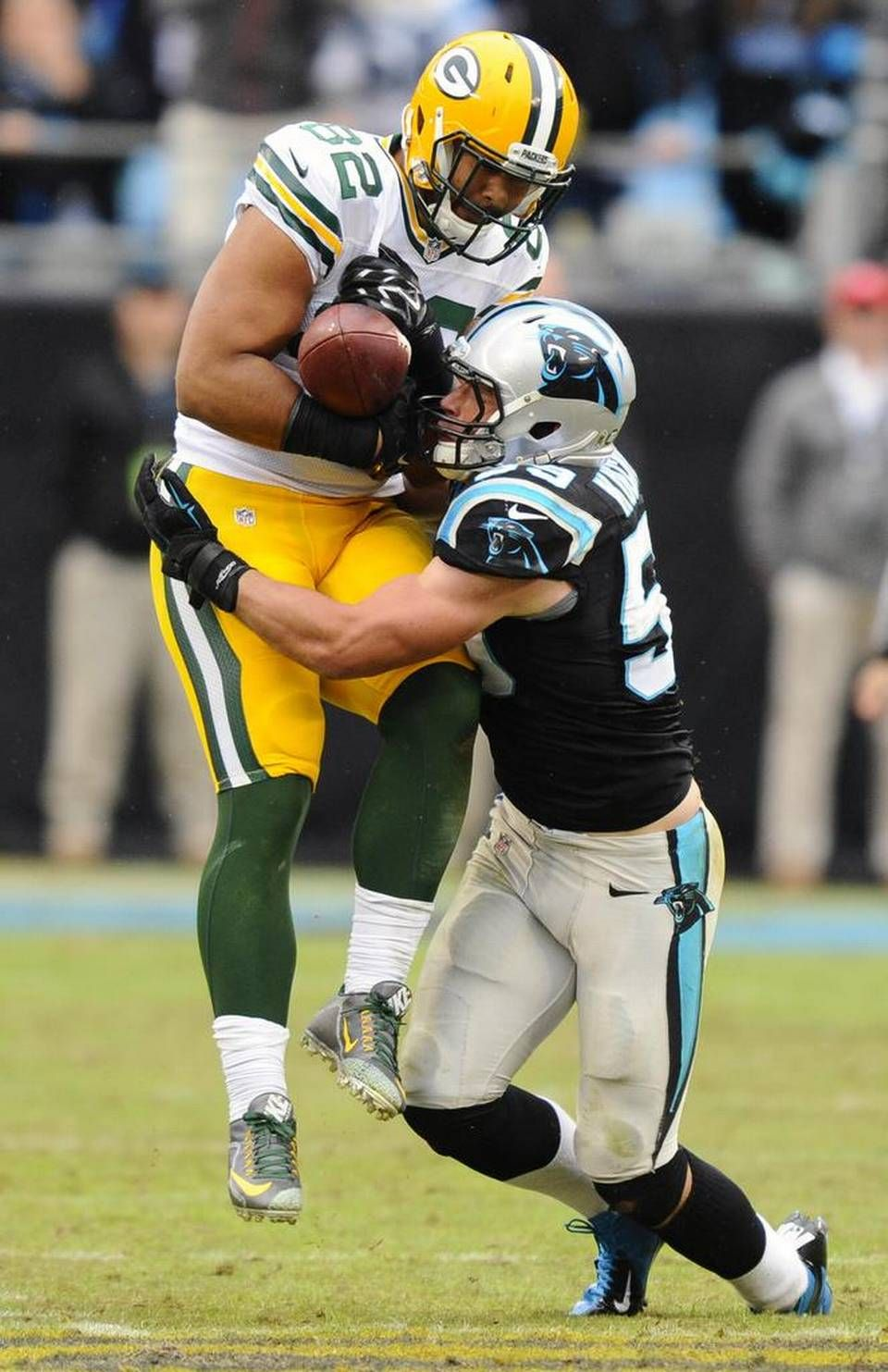 Carolina Panthers Luke Kuechly 59 Disrupts A Pass Intended For Green Bay Packers Richard Rodgers 82 During The Third Quarter At Bank Of America Stadium On