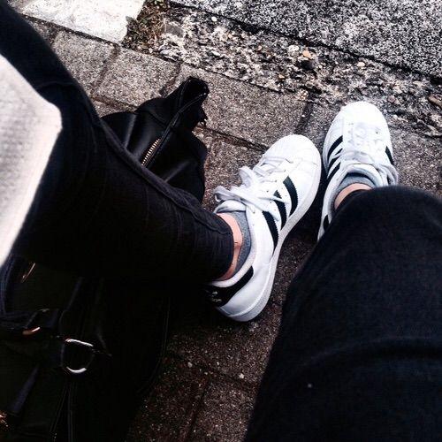Image via We Heart It #adidas #fashion #girl #Hottie #superstar #
