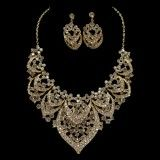 Indian Bride Wedding Party Alloy and Diamonds Jewelry Set