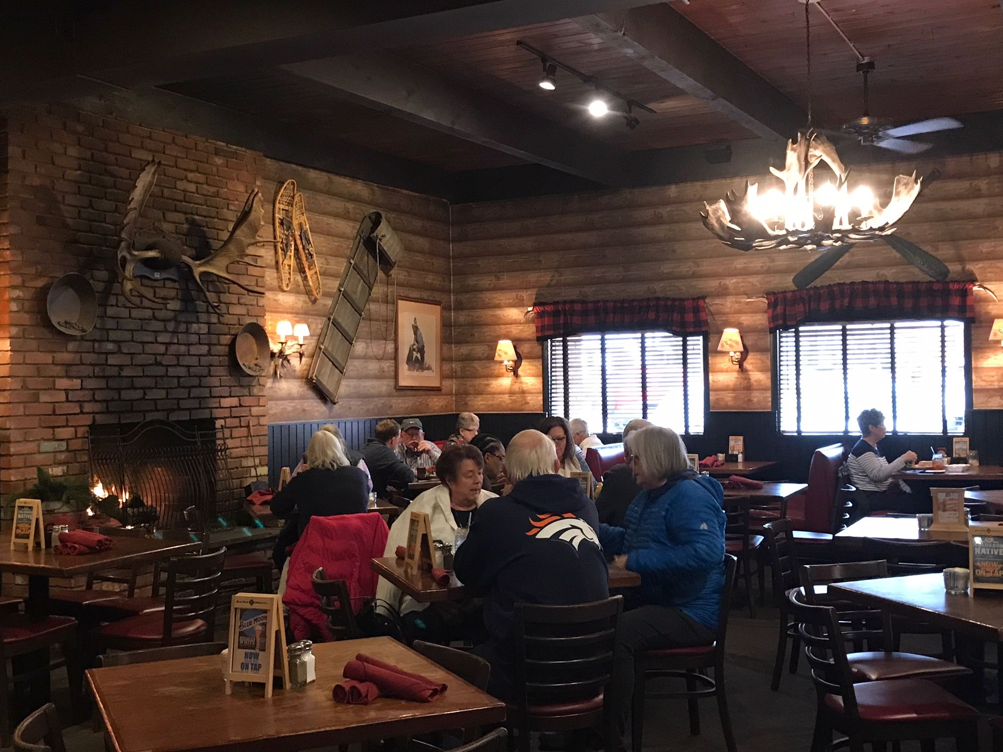 Colorado Springs Co 80904 Us 719 632 4820 American Comfort Food Served In A Casual Lodge Atmosphere