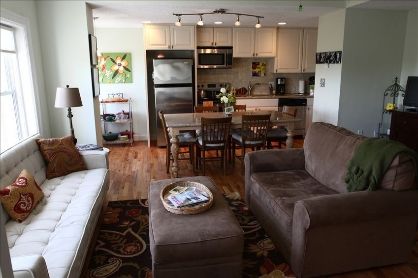 It Is The Ideal Place To Spend The Entire Day If You Are Not In A Great Mood For An Outdoor Adventure Affordable Apartments Kansas City Mid Century