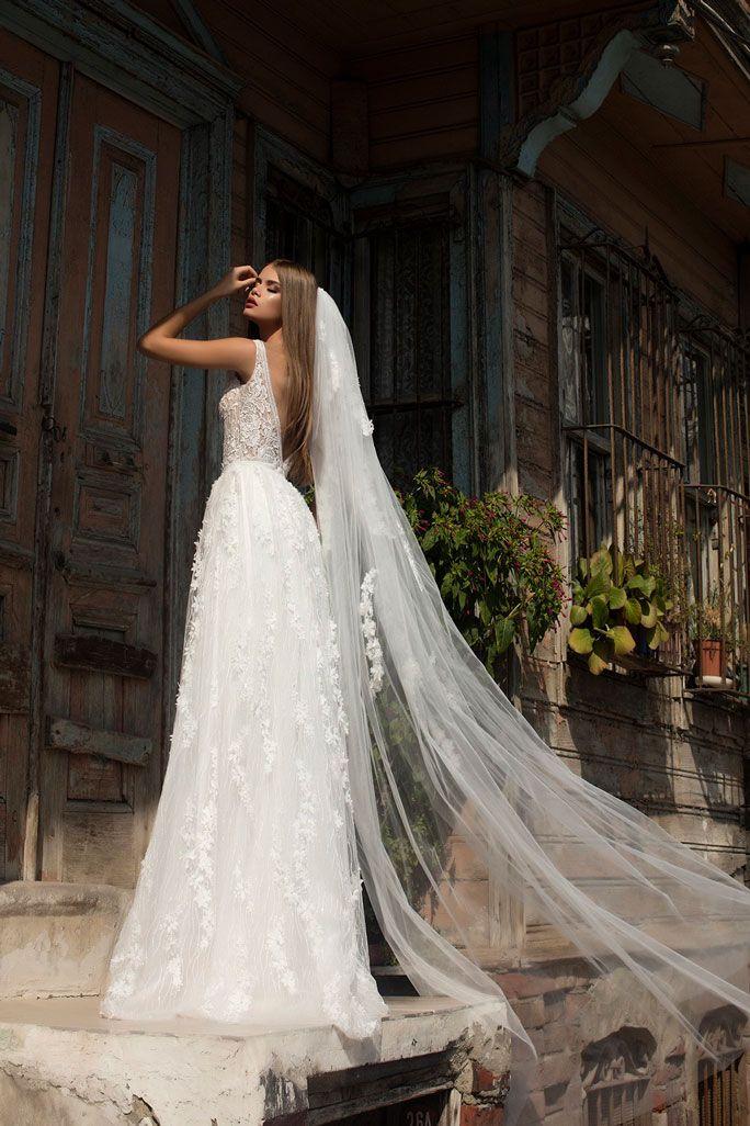 Brautmode Pollardi | Brautmode, Brautkleid lange ärmel ...