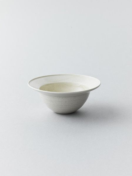 Rimmed Cream Bowl by Kan Ito 伊藤環