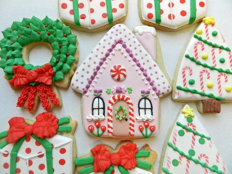 day 4 of cookie videos: how to decorate a gingerbread house