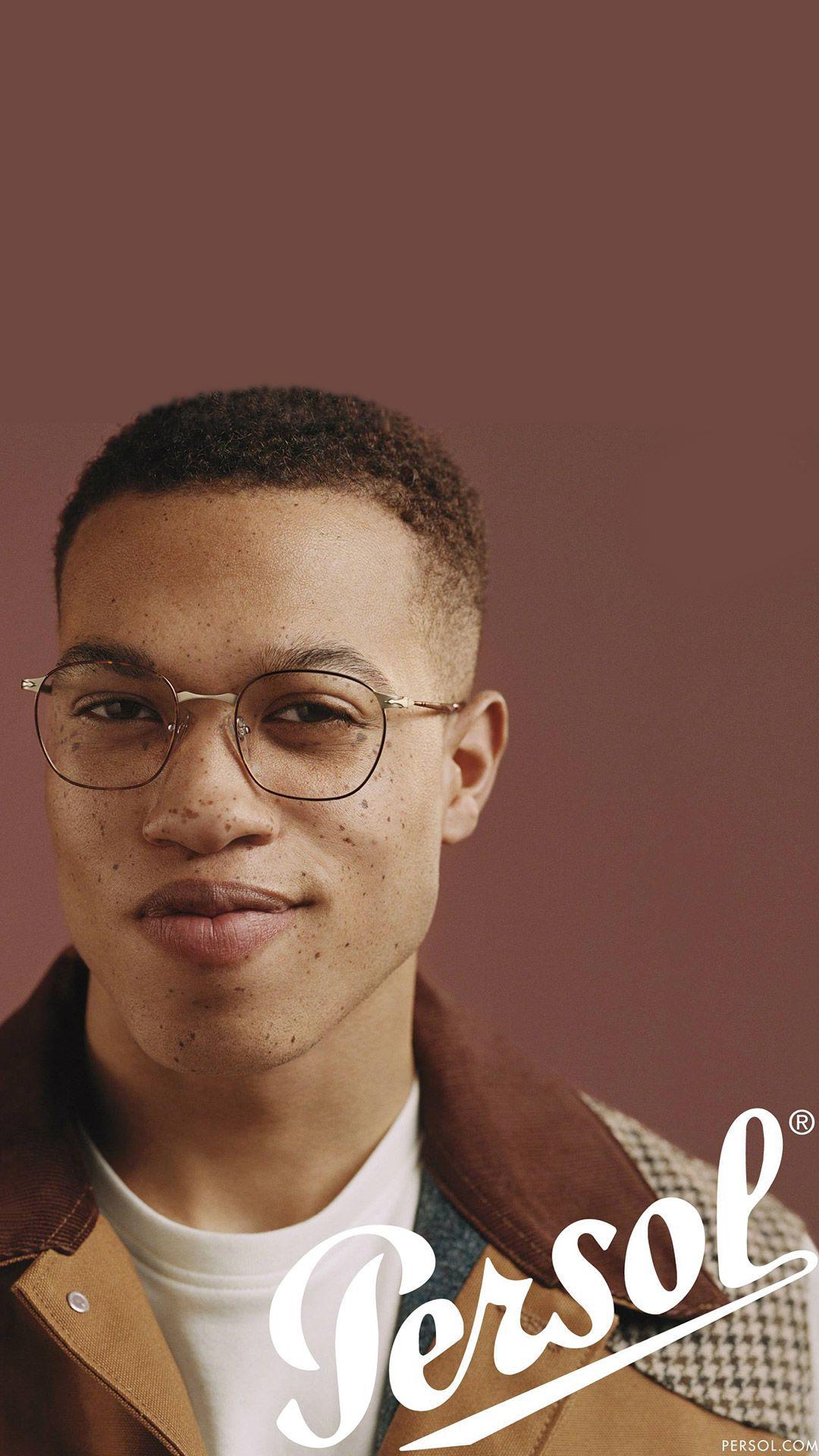 Pin De Ahoua Koulibali Em Eye Candy Homens De Oculos Oculos De