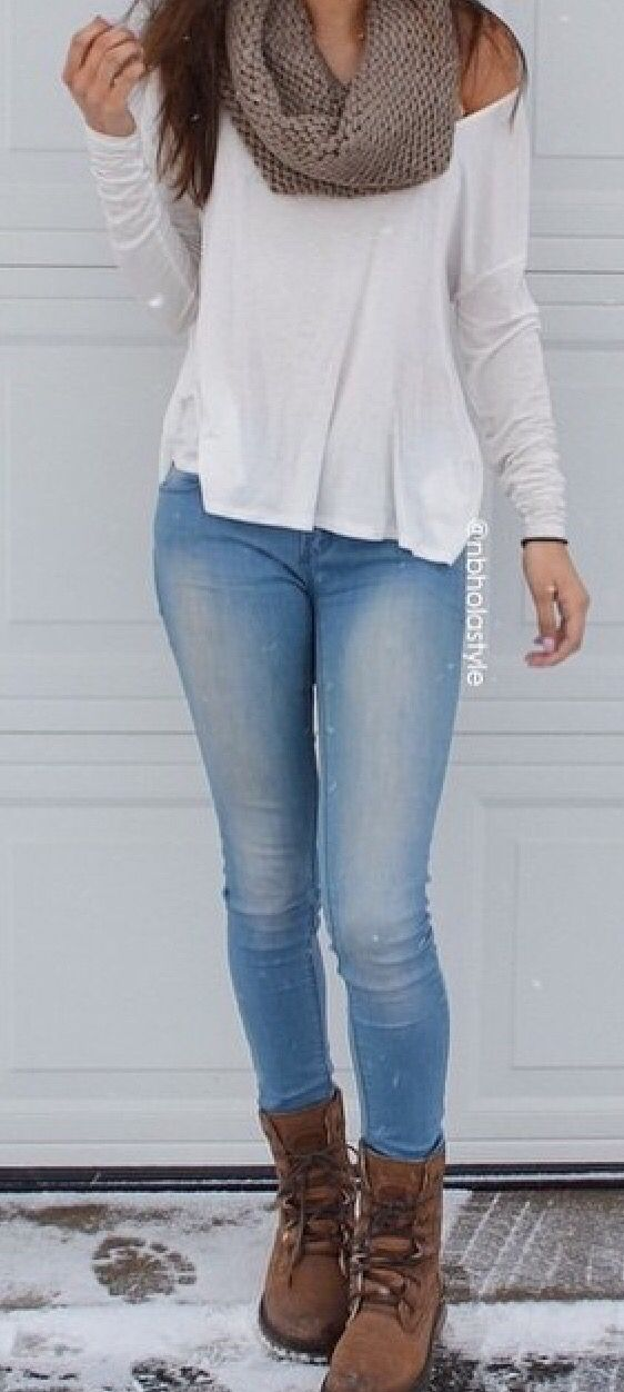 skinny jeans white baggy shirt brown knitted scarf