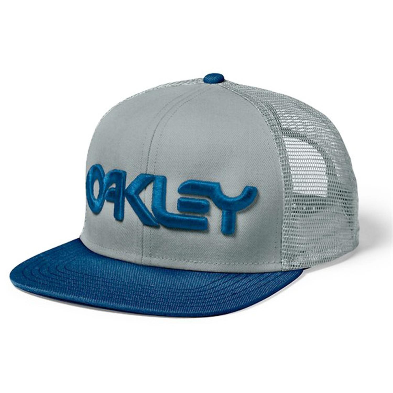 f0b6c708a8d  oakley  truckercaps Ball Caps