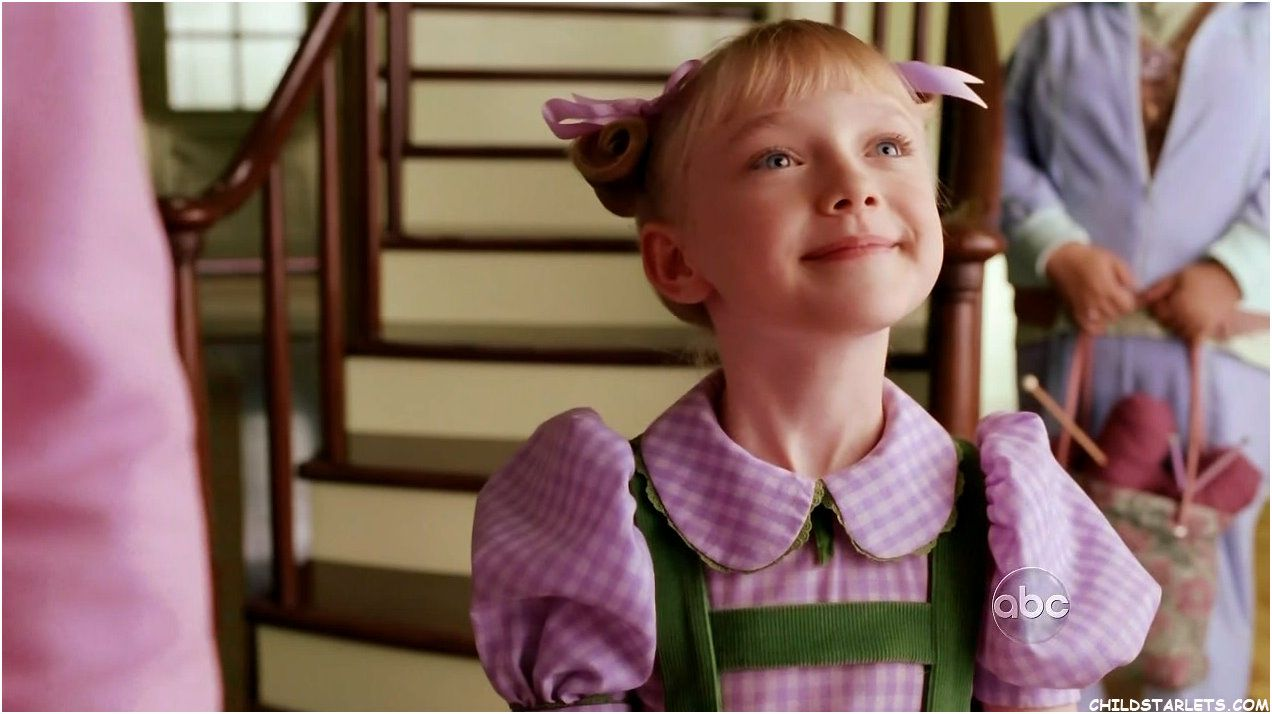 "dakota fanning cat in the hat | Dakota Fanning/""The Cat in ..."