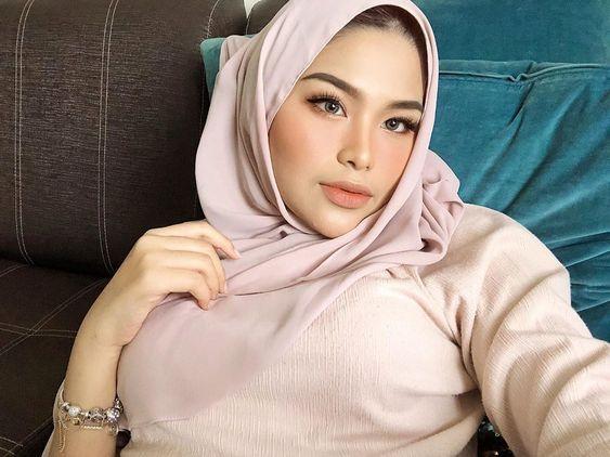 b arab Cewek Cantik cadar imut di 2020   Casual hijab