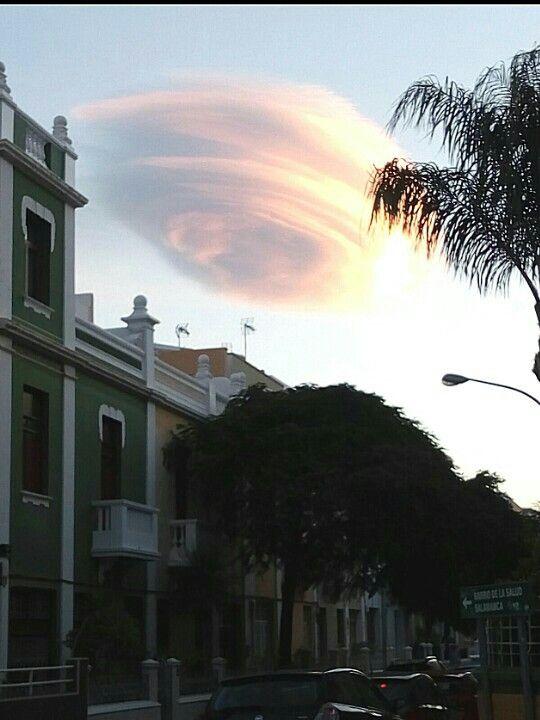 Nube Lenticular Santa Cruz de Tenerife