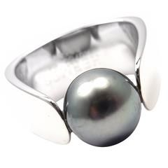 Hermes Modernist Tahitian Black Pearl Gold Ring