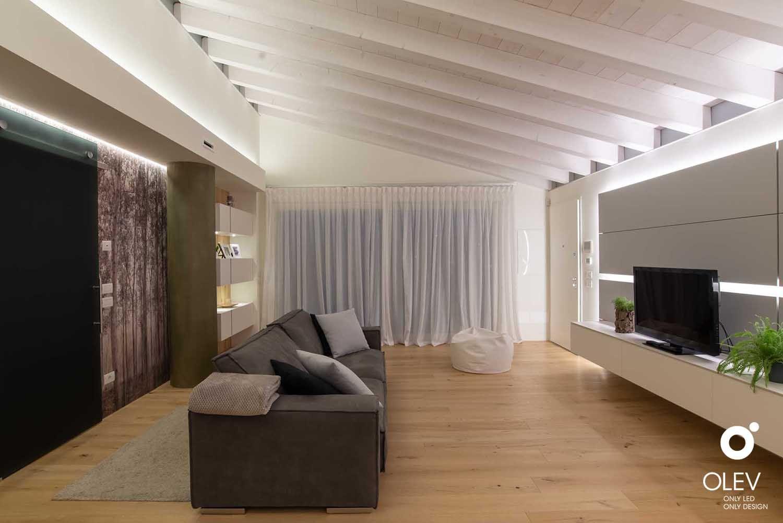 Tende Per Soffitti Inclinati la casa sartoriale (vi | illuminazione travi, idee di