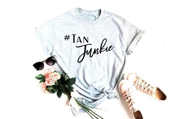 perfectlyposh #teesforwomen #beautyjunkie #marykay #salons #graphictees #funnywomen #shirts #times