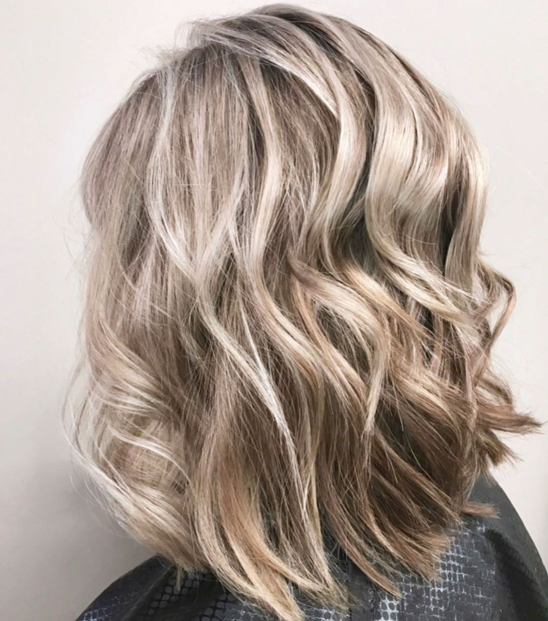 31 Lob Haircuts For Thick Hair And Shoulder Length In 2020 In 2020 Lob Haircut Haircut For Thick Hair Thick Hair Styles