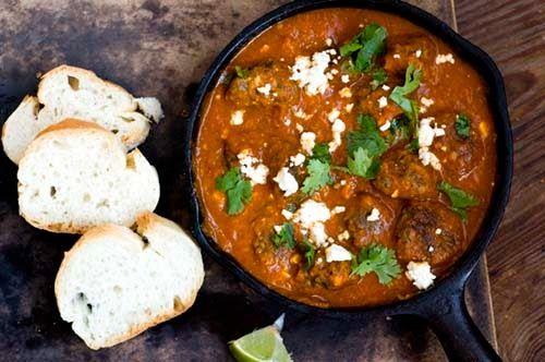 Tex-Mex meatballs in chipotle-tomato sauce