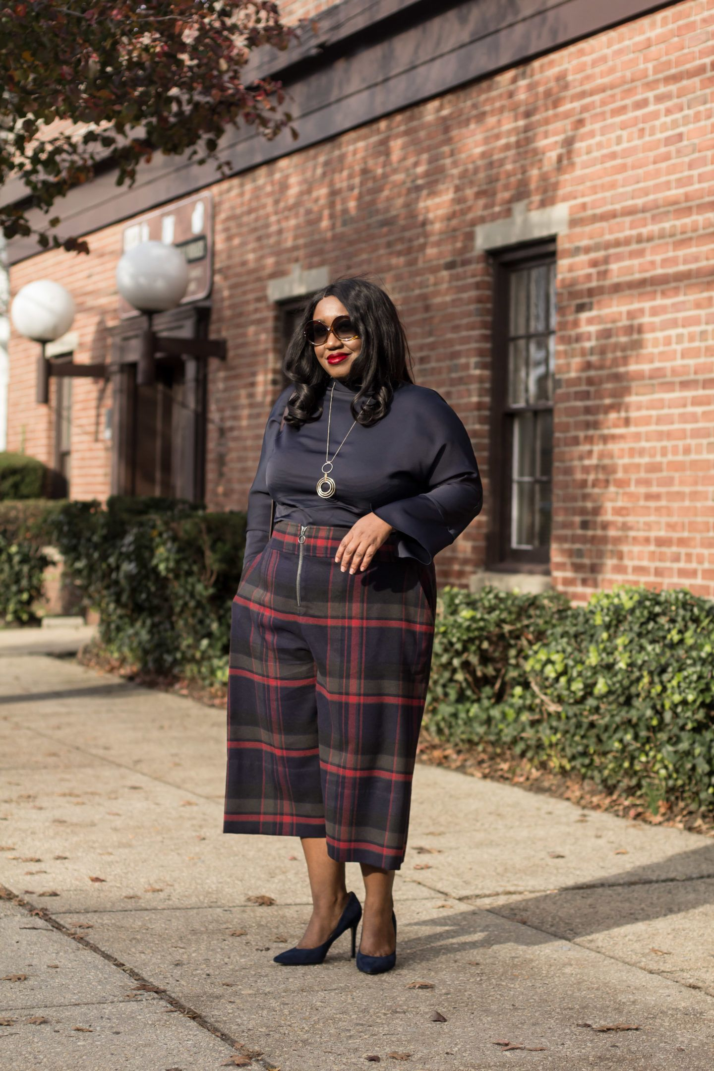 7a01a3cb55160 Plus Size Plaid Outfit • Plus Size Fashion • Plus Size Plaid Options for  Fall • Shapely Chic Sheri  plussize  plussizefashion  style   styleinspiration  ootd ...