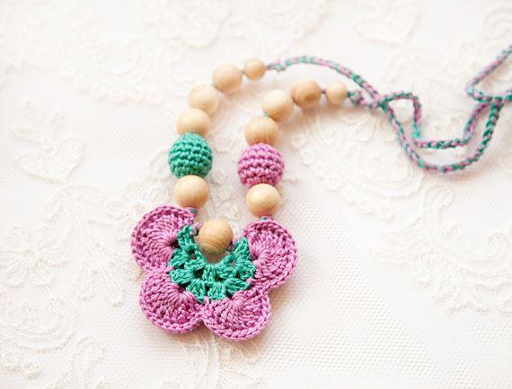 Este Collar De Dentición Es Un Juguete Perfecto Para Jugar Y Alimentar A Su Bebé Es Una Bendición Rea Nursing Necklace Teething Jewelry Breastfeeding Necklace