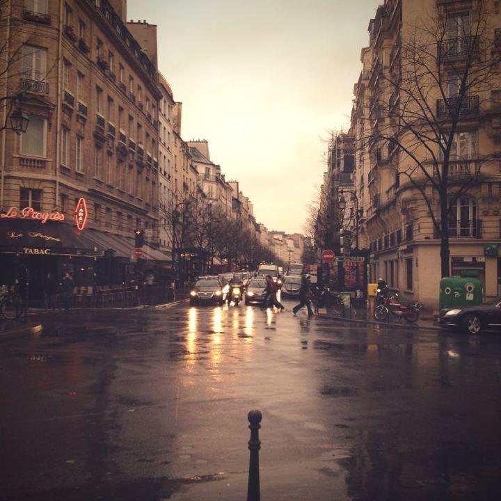 paris in the rain globe trotting pinterest rain wanderlust and city. Black Bedroom Furniture Sets. Home Design Ideas